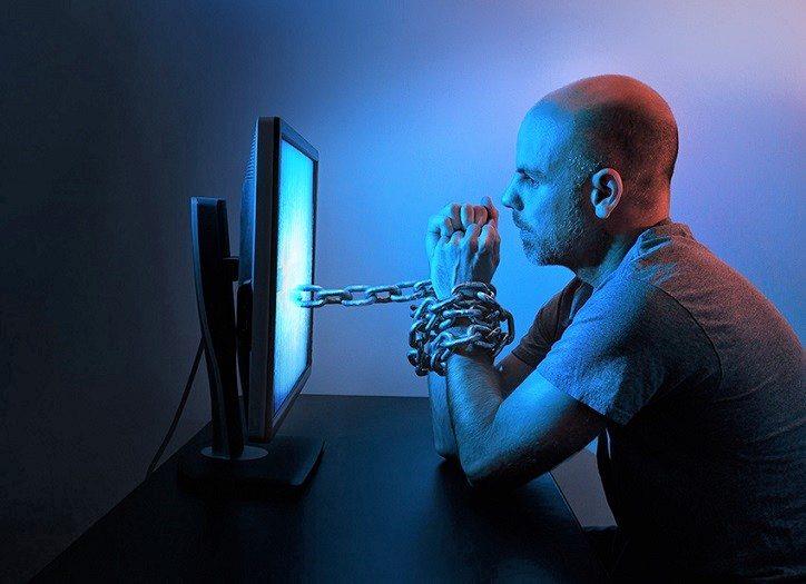 social-media-addiction (2)