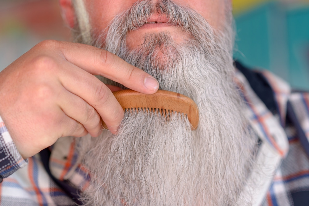 How to Grow a Beard! (2020 Guide) 11